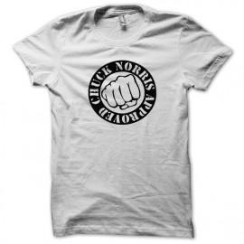 Tee shirt Chuck Norris le poing noir/blanc  mixtes tous ages