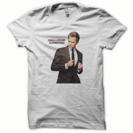 Tee shirt How i met your mother challenge accepted blanc