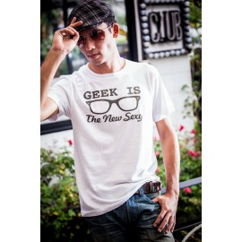 Tee shirt geek is the new sexy blanc mixtes tous ages