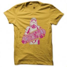 tee shirt stormtrooper skateboard jaune